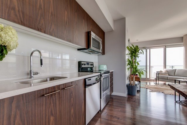Condo Apartment at 390 Cherry St, Unit 1910, Toronto, Ontario. Image 11