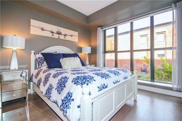 Condo Apartment at 55 Front St E, Unit 301, Toronto, Ontario. Image 11
