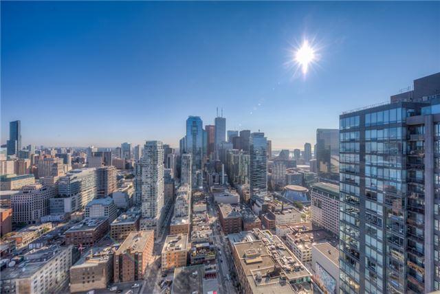Condo Apartment at 290 Adelaide St W, Unit 4104, Toronto, Ontario. Image 13