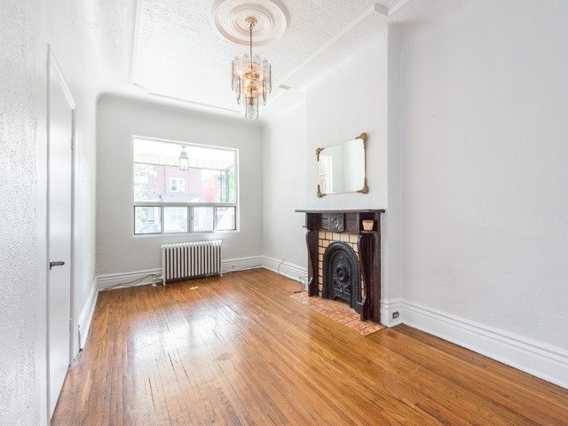 Semi-detached at 190 Bellwoods Ave, Toronto, Ontario. Image 14