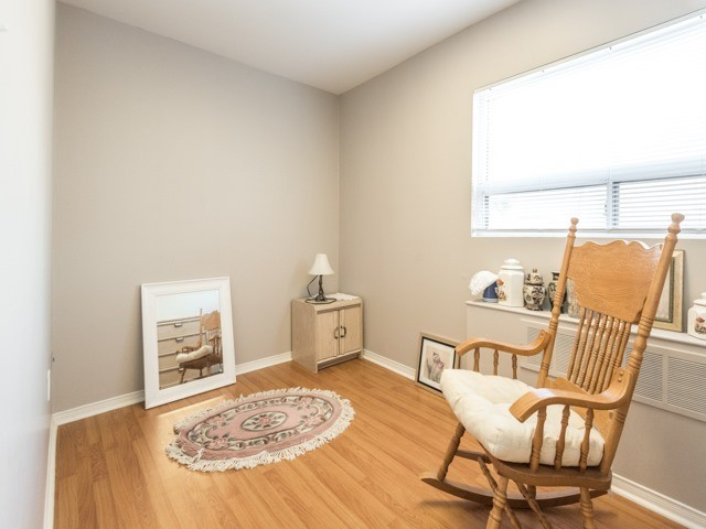 Semi-detached at 190 Bellwoods Ave, Toronto, Ontario. Image 4
