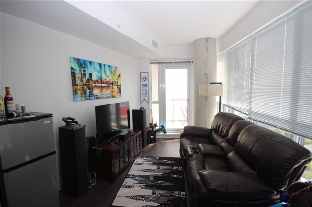 Condo Apartment at 51 East Liberty St, Unit 913, Toronto, Ontario. Image 15