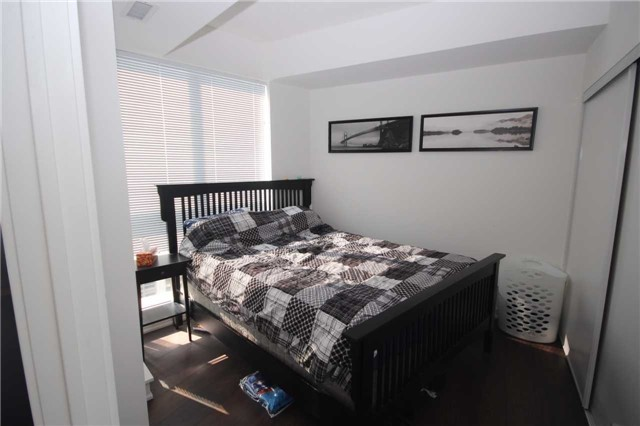 Condo Apartment at 51 East Liberty St, Unit 913, Toronto, Ontario. Image 16