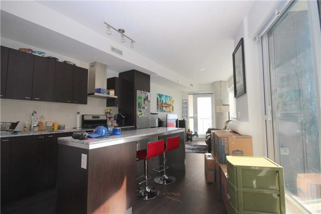 Condo Apartment at 51 East Liberty St, Unit 913, Toronto, Ontario. Image 18