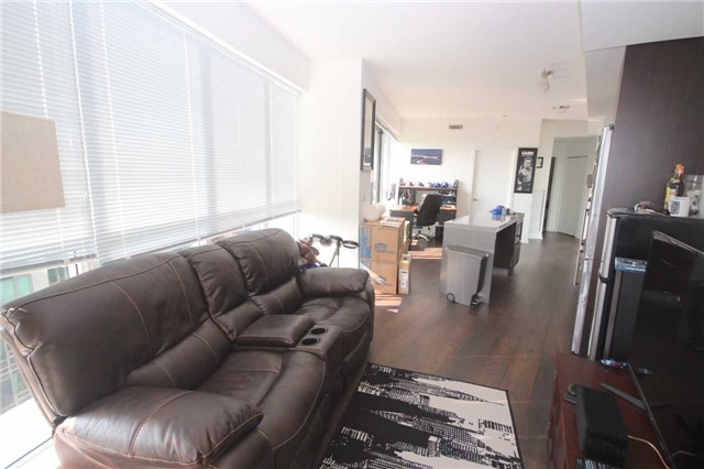 Condo Apartment at 51 East Liberty St, Unit 913, Toronto, Ontario. Image 20