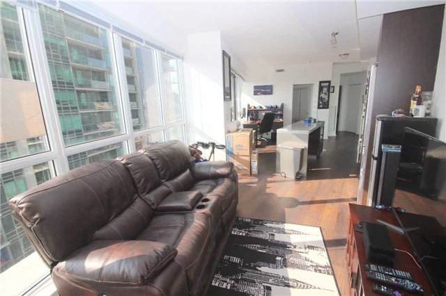 Condo Apartment at 51 East Liberty St, Unit 913, Toronto, Ontario. Image 7