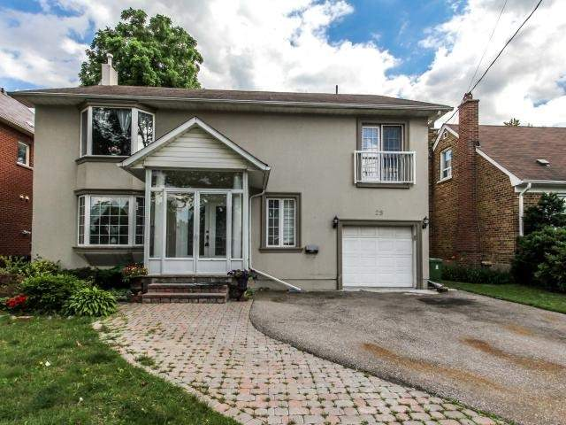 Detached at 25 Moore Park Ave, Toronto, Ontario. Image 1