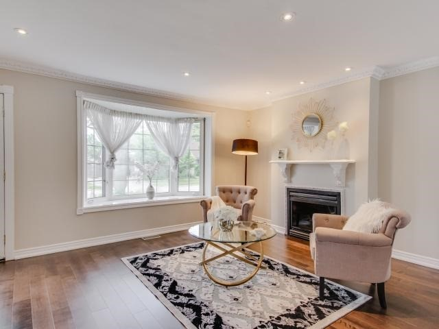 Detached at 25 Moore Park Ave, Toronto, Ontario. Image 14