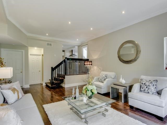 Detached at 25 Moore Park Ave, Toronto, Ontario. Image 16
