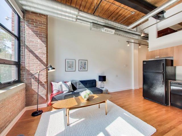 Condo Apartment at 43 Hanna Ave, Unit 109, Toronto, Ontario. Image 17