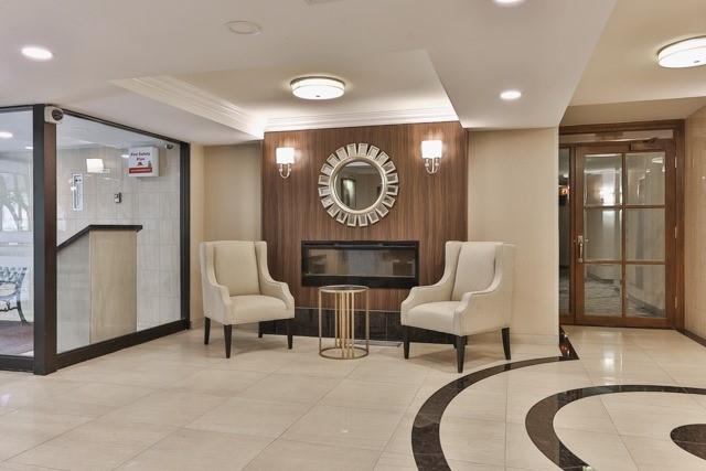 Condo Apartment at 245 The Donway W, Unit 102, Toronto, Ontario. Image 11