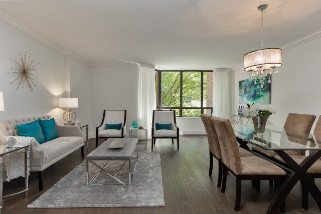 Condo Apartment at 245 The Donway W, Unit 102, Toronto, Ontario. Image 14