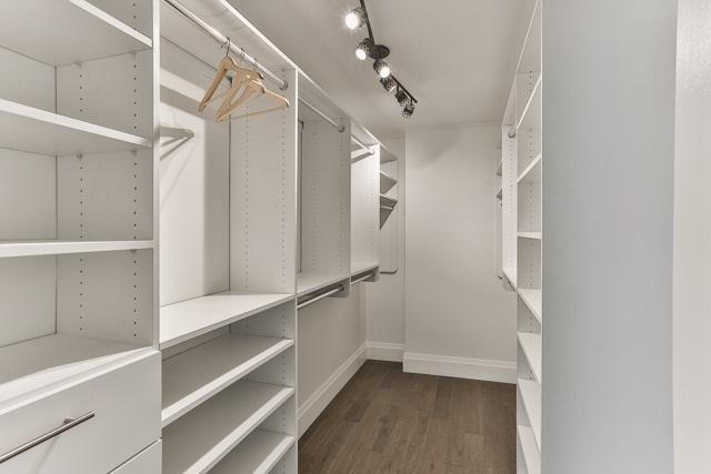 Condo Apartment at 245 The Donway W, Unit 102, Toronto, Ontario. Image 4
