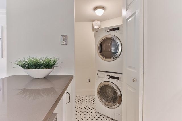 Condo Apartment at 245 The Donway W, Unit 102, Toronto, Ontario. Image 8
