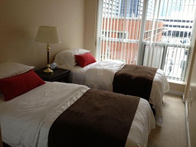 Condo Apartment at 250 Wellington St W, Unit 439, Toronto, Ontario. Image 7