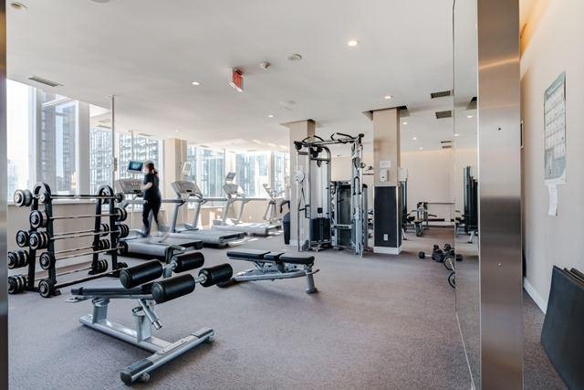 Condo Apartment at 250 Wellington St W, Unit 439, Toronto, Ontario. Image 2