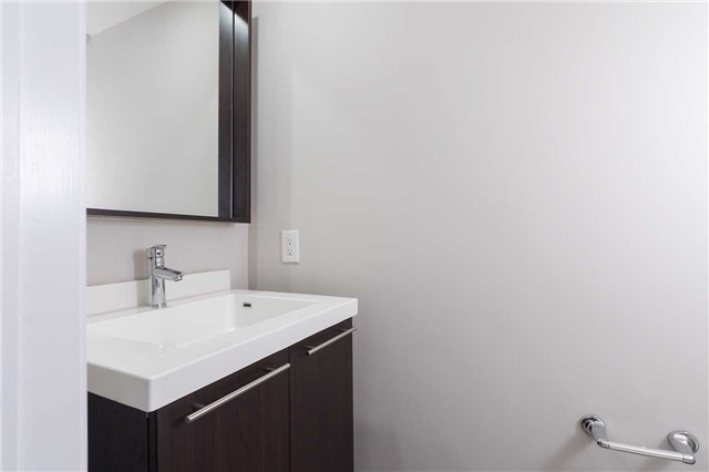 Condo Townhouse at 5 Oakburn Cres, Unit 4, Toronto, Ontario. Image 13