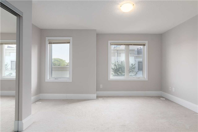 Condo Townhouse at 5 Oakburn Cres, Unit 4, Toronto, Ontario. Image 16