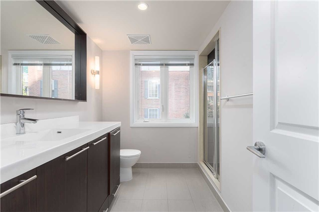 Condo Townhouse at 5 Oakburn Cres, Unit 4, Toronto, Ontario. Image 2