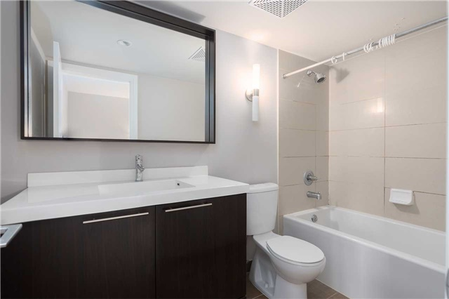 Condo Townhouse at 5 Oakburn Cres, Unit 4, Toronto, Ontario. Image 4