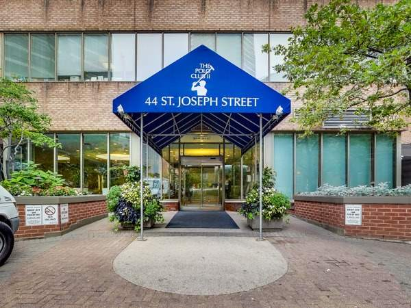 Condo Apartment at 44 St Joseph St, Unit Ph5, Toronto, Ontario. Image 13