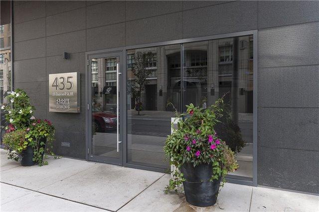 Condo Apartment at 435 Richmond St, Unit 901, Toronto, Ontario. Image 14