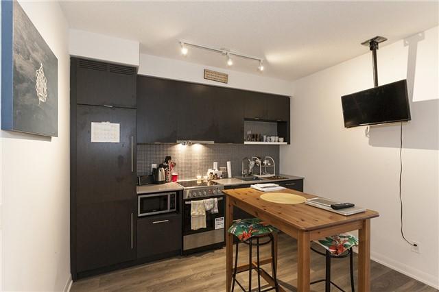 Condo Apartment at 435 Richmond St, Unit 901, Toronto, Ontario. Image 20