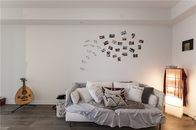 Condo Apartment at 435 Richmond St, Unit 901, Toronto, Ontario. Image 2