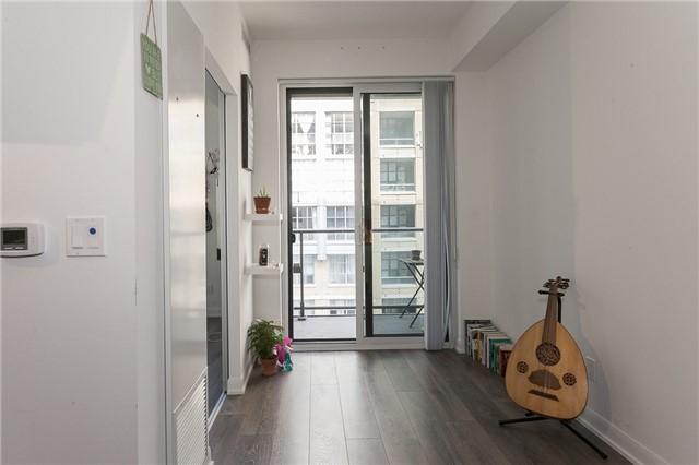 Condo Apartment at 435 Richmond St, Unit 901, Toronto, Ontario. Image 4