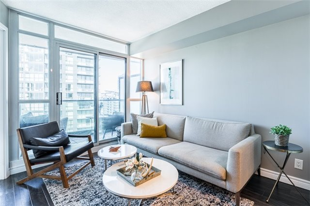 Condo Apartment at 600 Fleet St, Unit 2211, Toronto, Ontario. Image 12