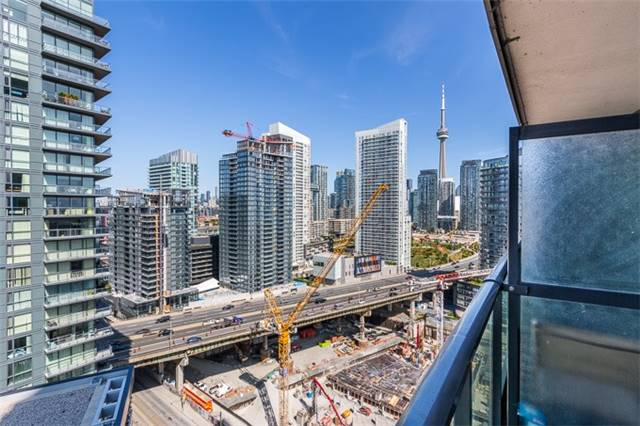 Condo Apartment at 600 Fleet St, Unit 2211, Toronto, Ontario. Image 7