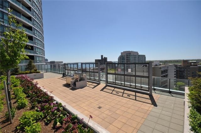Condo Apartment at 600 Fleet St, Unit 2211, Toronto, Ontario. Image 11