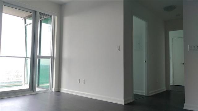 Condo Apartment at 9 Bogert Ave, Unit 4005, Toronto, Ontario. Image 8
