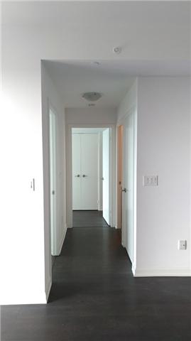Condo Apartment at 9 Bogert Ave, Unit 4005, Toronto, Ontario. Image 9