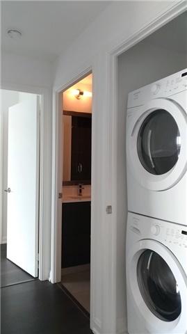 Condo Apartment at 9 Bogert Ave, Unit 4005, Toronto, Ontario. Image 10