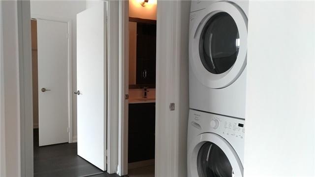 Condo Apartment at 9 Bogert Ave, Unit 4005, Toronto, Ontario. Image 2