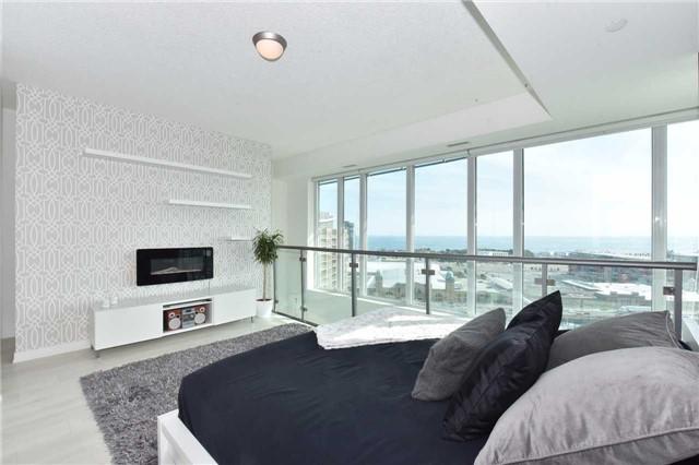Condo Apartment at 150 East Liberty St, Unit 2012, Toronto, Ontario. Image 2