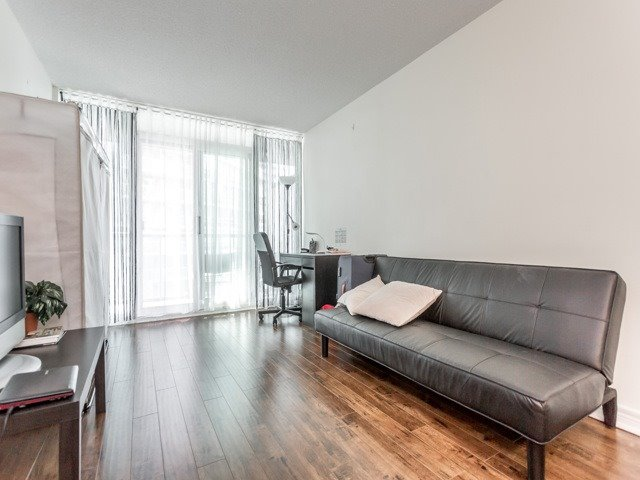 Condo With Common Elements at 51 Lower Simcoe St E, Unit 902, Toronto, Ontario. Image 14
