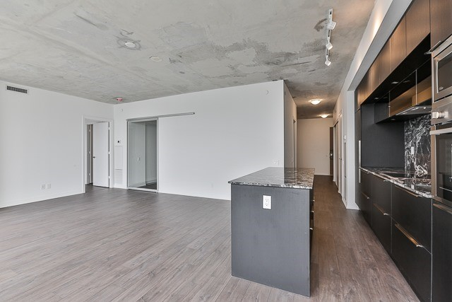 Condo With Common Elements at 88 Blue Jays Way, Unit 3801, Toronto, Ontario. Image 10