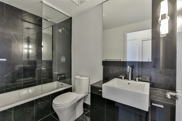 Condo With Common Elements at 88 Blue Jays Way, Unit 3801, Toronto, Ontario. Image 11