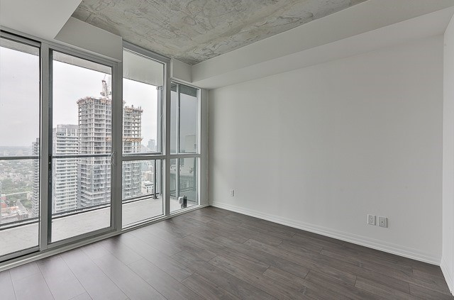 Condo With Common Elements at 88 Blue Jays Way, Unit 3801, Toronto, Ontario. Image 14