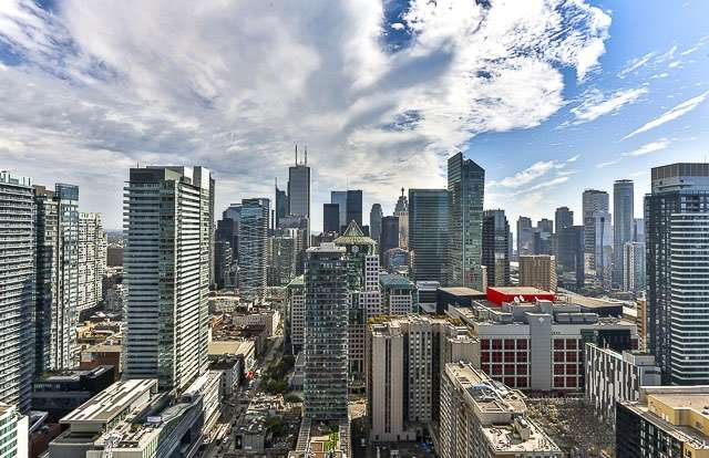 Condo With Common Elements at 88 Blue Jays Way, Unit 3902, Toronto, Ontario. Image 1