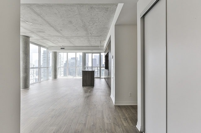 Condo With Common Elements at 88 Blue Jays Way, Unit 3902, Toronto, Ontario. Image 14