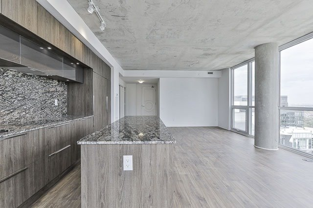 Condo With Common Elements at 88 Blue Jays Way, Unit 3902, Toronto, Ontario. Image 19