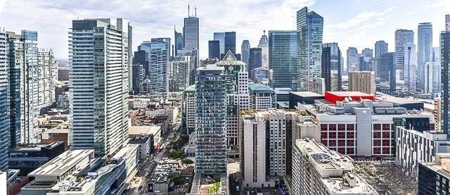 Condo With Common Elements at 88 Blue Jays Way, Unit 3902, Toronto, Ontario. Image 5