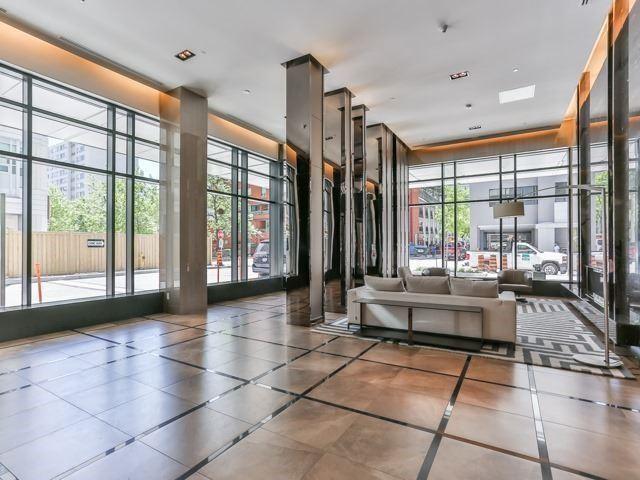 Condo Apartment at 89 Dunfield Ave, Unit 3206, Toronto, Ontario. Image 3