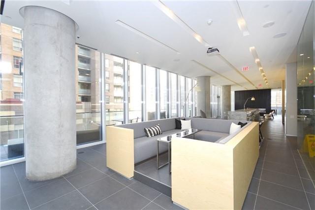 Condo Apartment at 15 Grenville St, Unit 2303, Toronto, Ontario. Image 8