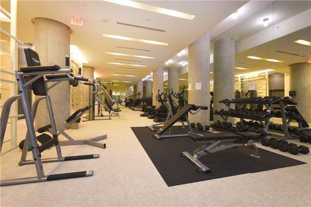 Condo Apartment at 15 Grenville St, Unit 2303, Toronto, Ontario. Image 11