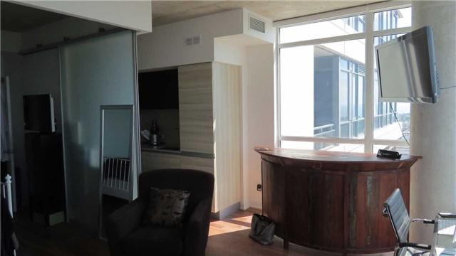 Condo Apartment at 20 Minowan Miikan Lane, Unit 2010, Toronto, Ontario. Image 10