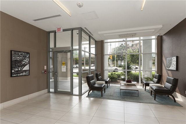 Condo Apartment at 275 Yorkland Rd, Unit Ph05, Toronto, Ontario. Image 12